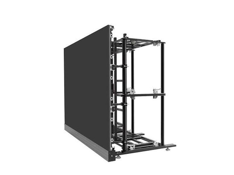 instalacion-anclada-pantalla-led-retail